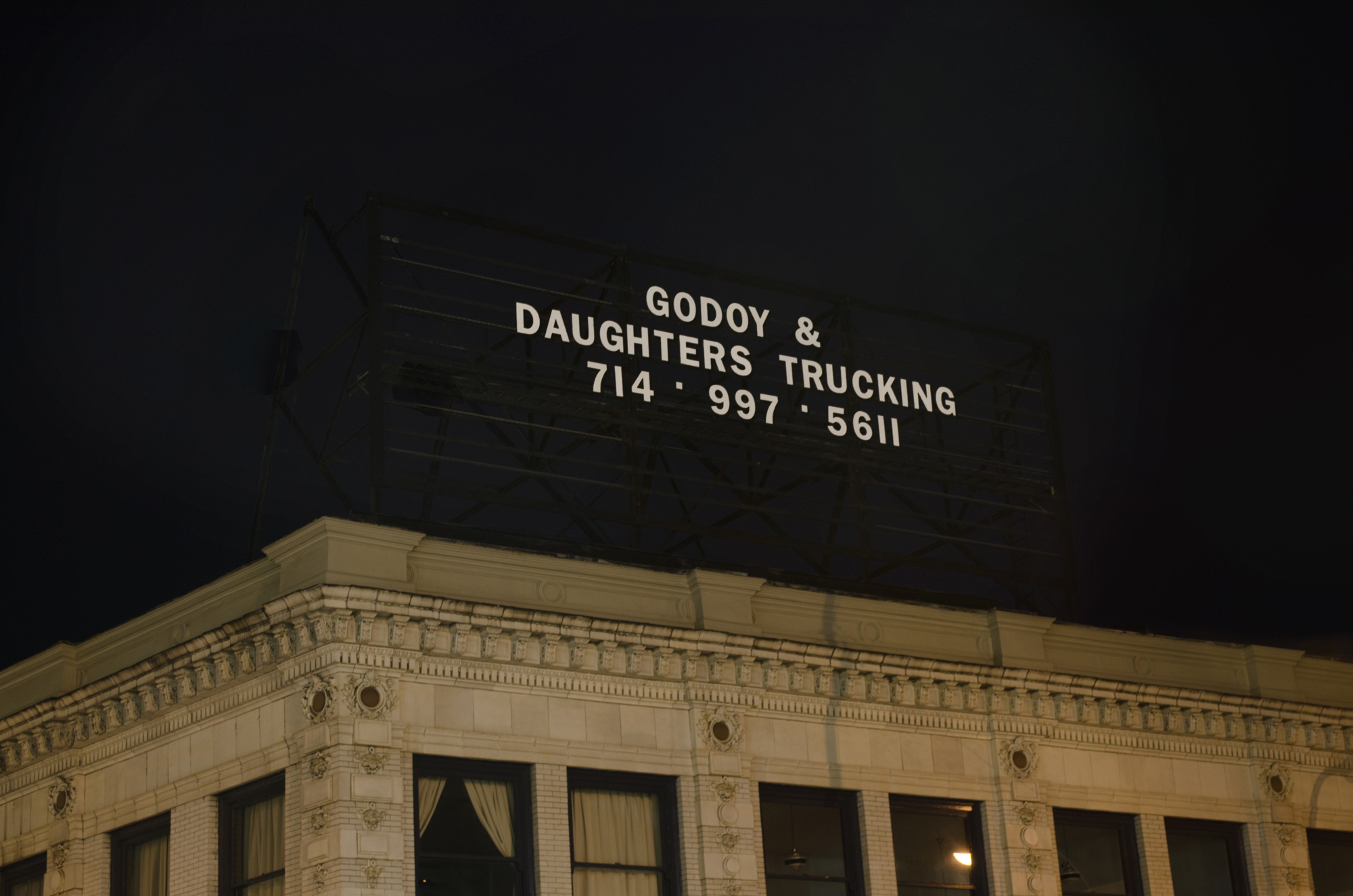 Godoy & Daughters Trucking